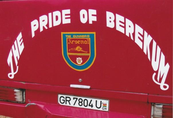 Arsenal team bus